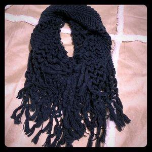 American eagle loop scarf